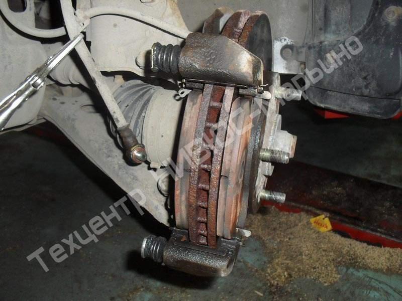 Ремонт переднего суппорта на лансер 9 своими руками